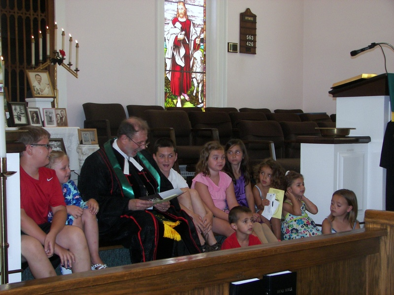 Pastor John's first children sermon